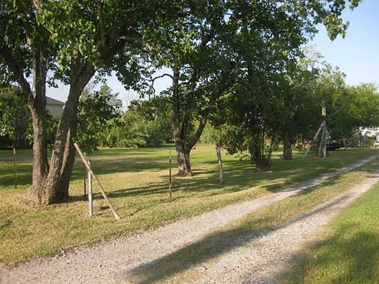 Cross Property - Texas City, TX (photo 5)