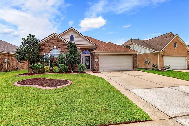 Traditional, Single-Family - Baytown, TX