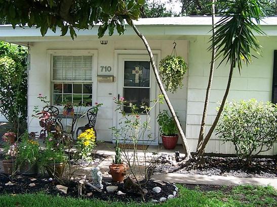 Traditional, Cross Property - Texas City, TX (photo 4)