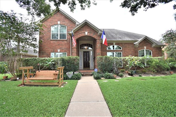 Traditional, Single-Family - Seabrook, TX