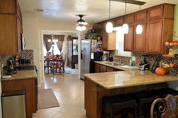 Traditional, Cross Property - Pasadena, TX (photo 3)