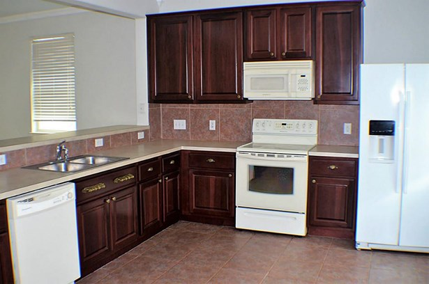 Townhouse, Traditional - Kemah, TX (photo 2)