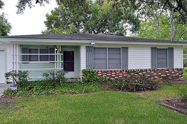 Single Family Detached, Traditional - League City, TX (photo 3)