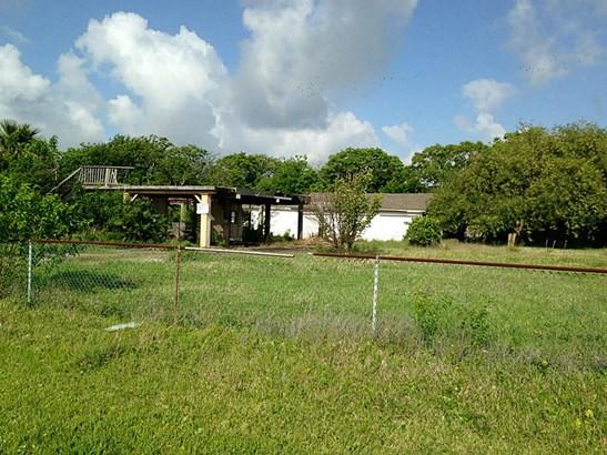 Cross Property - San Leon, TX (photo 2)