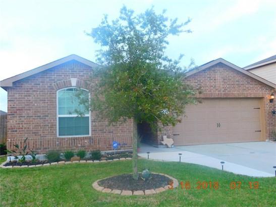 Traditional, Cross Property - La Marque, TX (photo 1)