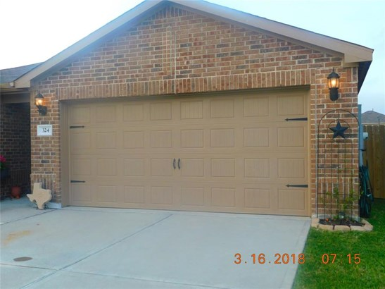 Traditional, Cross Property - La Marque, TX (photo 3)