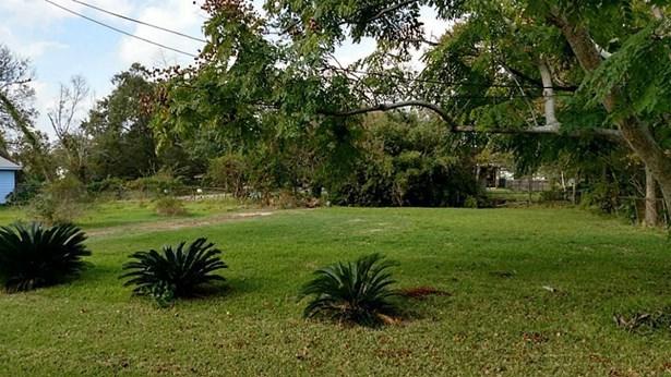 Cross Property - La Porte, TX (photo 2)