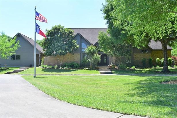 Traditional, Cross Property - League City, TX (photo 1)