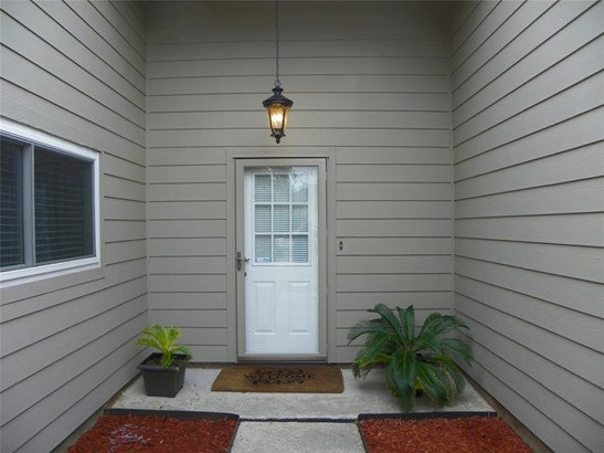 Traditional, Cross Property - Friendswood, TX (photo 5)