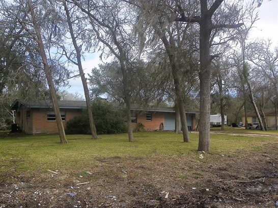 Single Family Detached, Traditional - Hitchcock, TX (photo 1)
