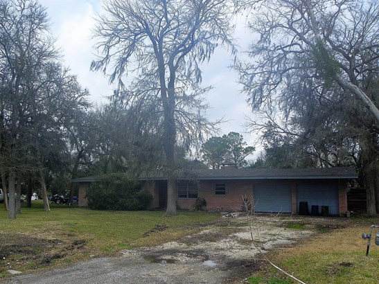 Single Family Detached, Traditional - Hitchcock, TX (photo 2)