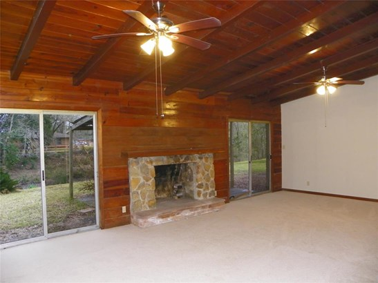 Single Family Detached, Traditional - Hitchcock, TX (photo 4)