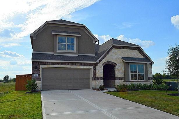 Cross Property, Contemporary/Modern - Texas City, TX (photo 1)