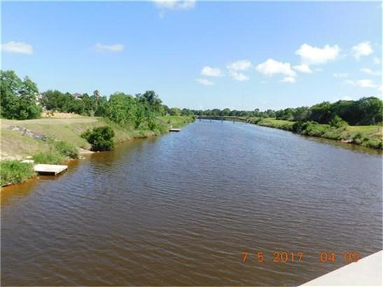 Cross Property - Hitchcock, TX (photo 2)