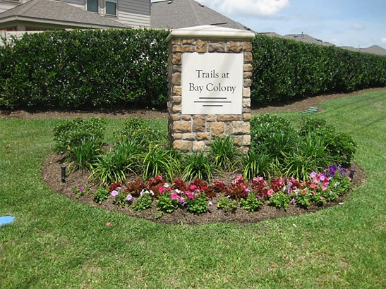 Traditional, Cross Property - League City, TX (photo 2)