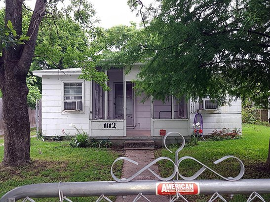 Single Family Detached, Traditional - Texas City, TX (photo 2)