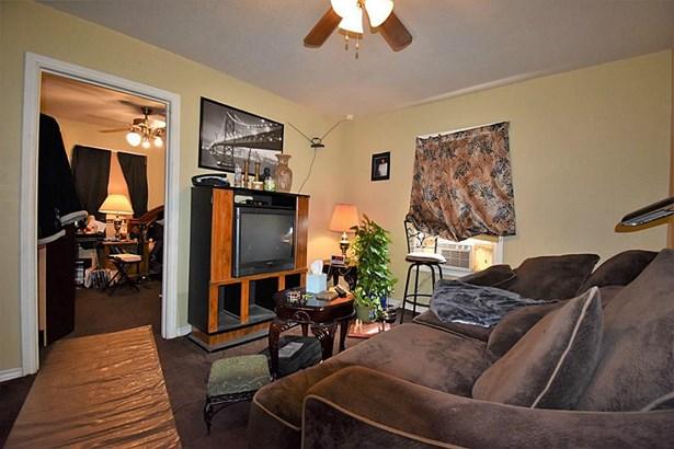 Traditional, Cross Property - La Marque, TX (photo 4)