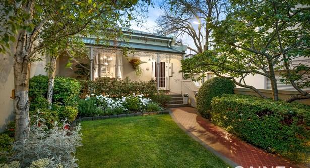 87 Grey Street, East Melbourne - AUS (photo 2)