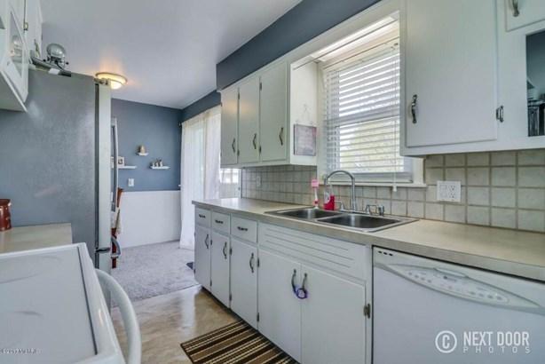 koster kitchen 1 (photo 4)
