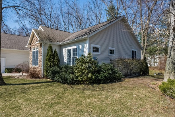 005-Front_View-3869894-large (photo 5)