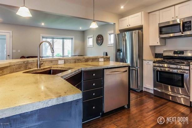 mills kitchen2 (photo 5)