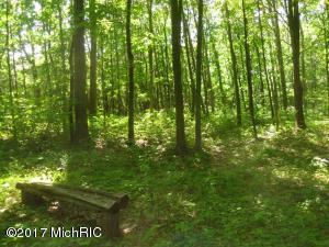 woodworth bench (photo 3)