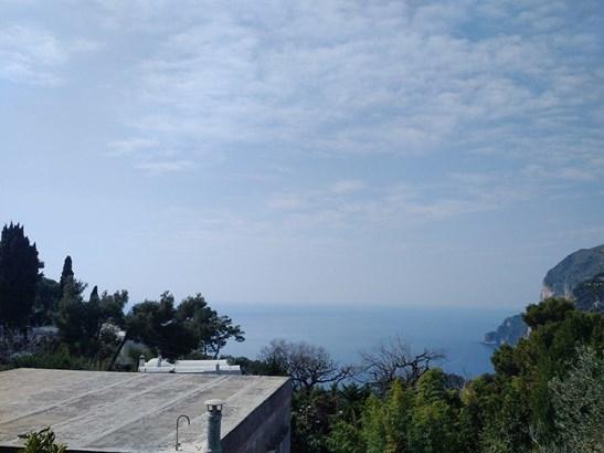 Piazza Umberto I, Capri - ITA (photo 2)