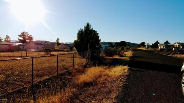 Residential - Mayer, AZ (photo 1)