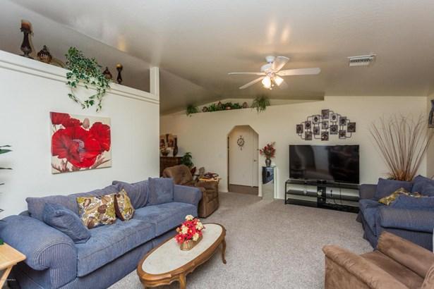 Contemporary, Site Built Single Family - Prescott Valley, AZ (photo 4)