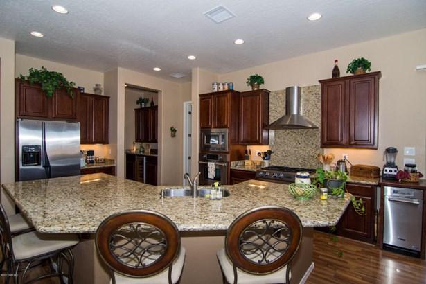 Contemporary, Site Built Single Family - Prescott Valley, AZ (photo 5)