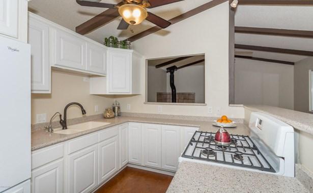 Cottage,Walkout Basement, Site Built Single Family - Prescott, AZ (photo 3)