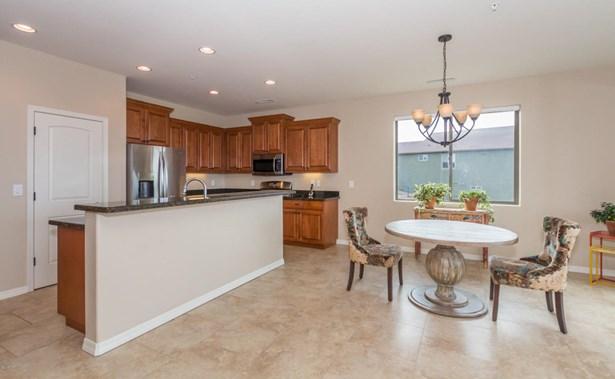 Site Built Single Family, Multi-Level,Walkout Basement - Prescott, AZ (photo 5)