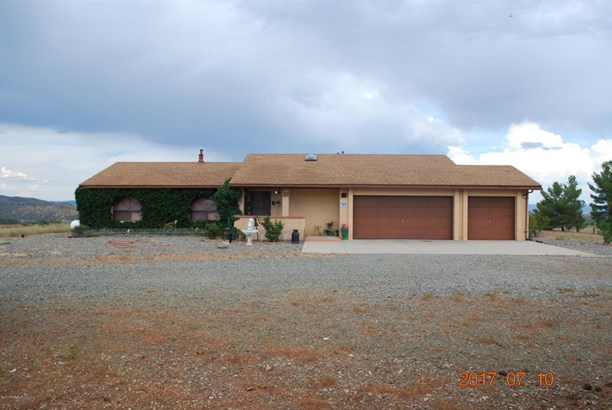 Ranch, Site Built Single Family - Mayer, AZ (photo 1)