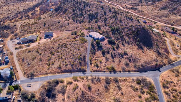 Residential/Ranch - Cornville, AZ (photo 4)