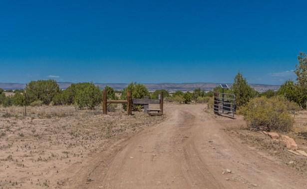 Double Wide, Mfg/Mobile - Paulden, AZ (photo 4)