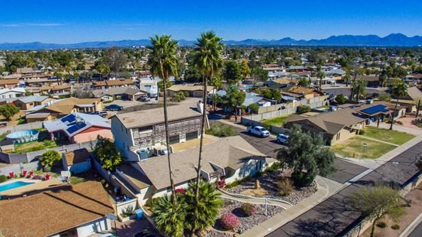 3+ Story, Site Built Single Family - Phoenix, AZ (photo 4)