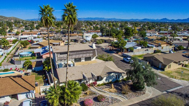 3+ Story, Site Built Single Family - Phoenix, AZ (photo 5)