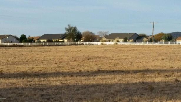 Residential - Chino Valley, AZ (photo 5)