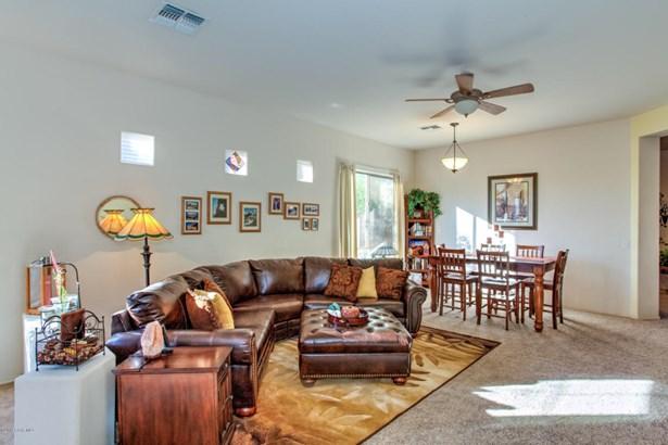 Contemporary, Site Built Single Family - Goodyear, AZ (photo 2)