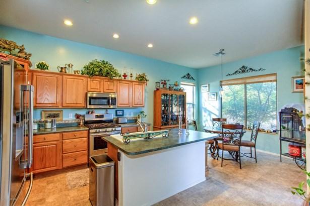 Contemporary, Site Built Single Family - Goodyear, AZ (photo 5)