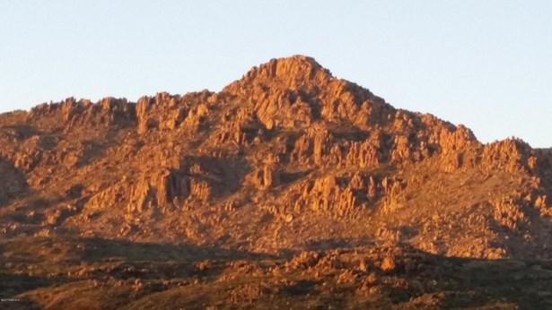 Residential - Kirkland, AZ (photo 5)