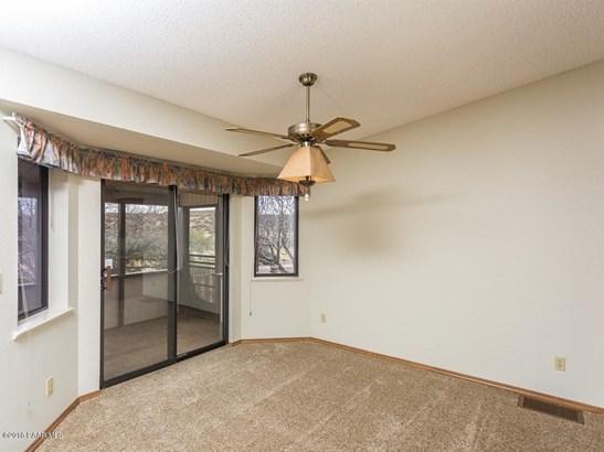Contemporary, Site Built Single Family - Dewey-Humboldt, AZ (photo 4)
