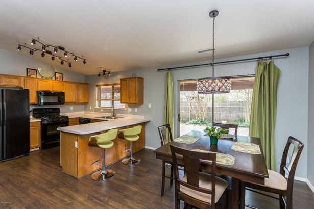 Contemporary, Site Built Single Family - Dewey-Humboldt, AZ (photo 5)