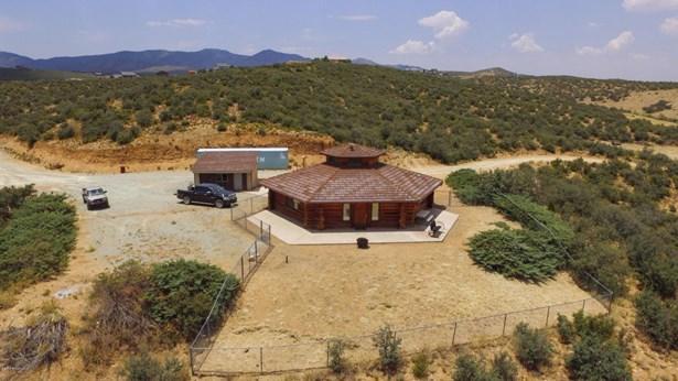 Log, Site Built Single Family - Dewey-Humboldt, AZ (photo 2)
