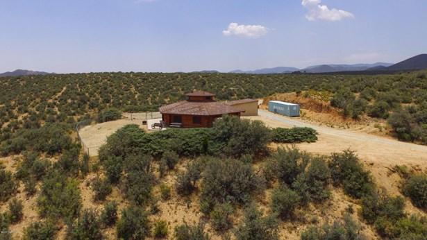 Log, Site Built Single Family - Dewey-Humboldt, AZ (photo 4)