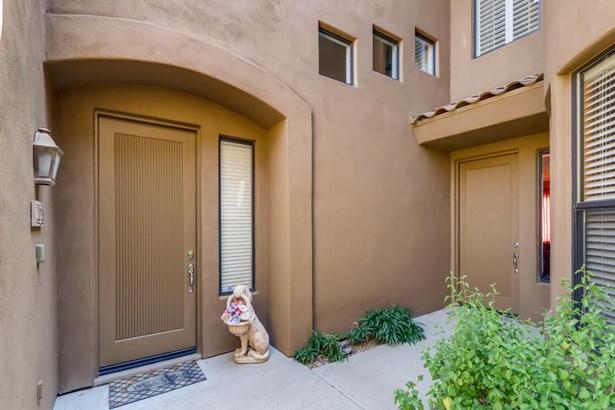 Condominium, Contemporary,Multi-Level - Scottsdale, AZ (photo 3)