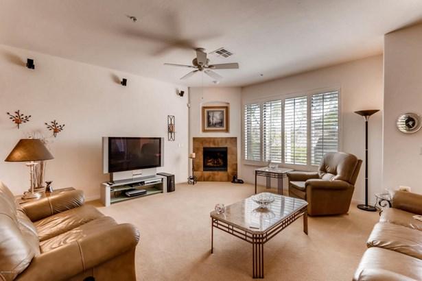 Condominium, Contemporary,Multi-Level - Scottsdale, AZ (photo 4)