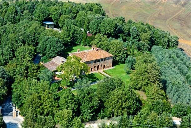 Trequanda - ITA (photo 1)