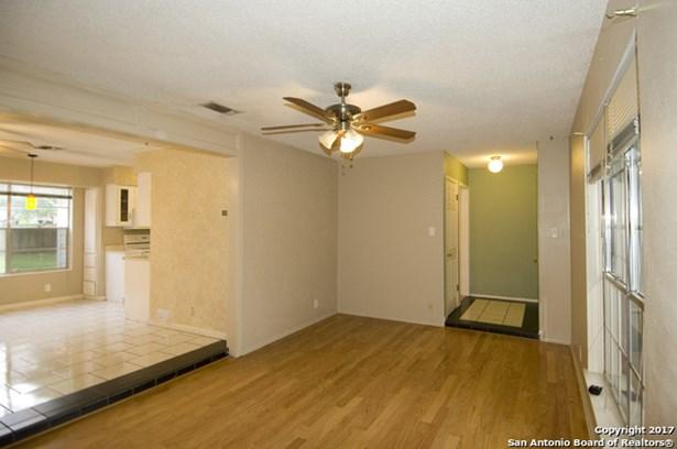 1730 Timber Oak St, San Antonio, TX - USA (photo 4)