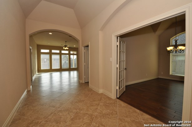 3065 Saddlehorn Dr, Seguin, TX - USA (photo 3)